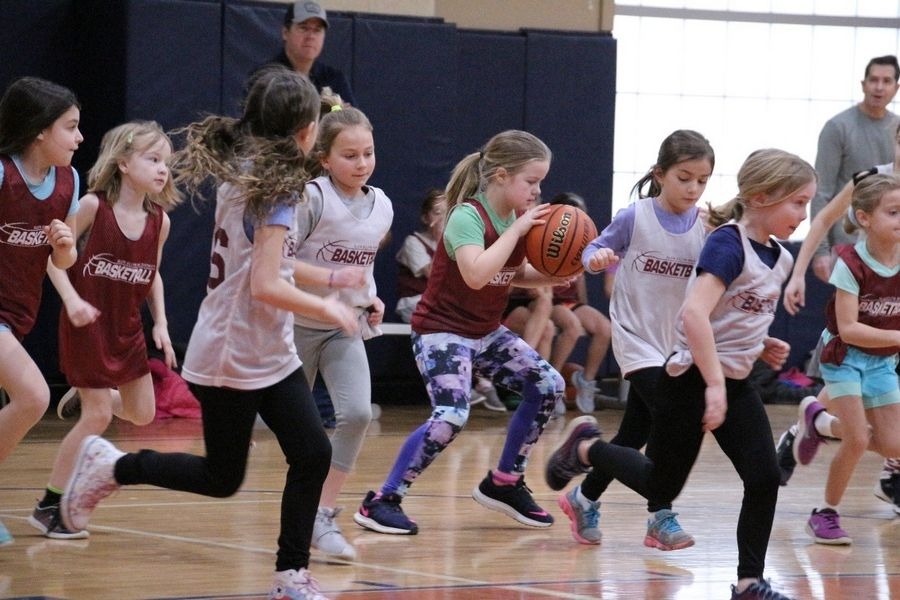 In response to requests for more basketball options, the Glen Ellyn Park District is offering a fall youth basketball league for third- to eighth-grade girls and boys.