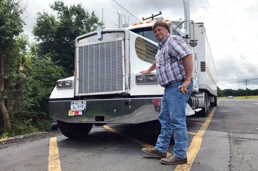 Government moves toward easing drive-time rules for truckers