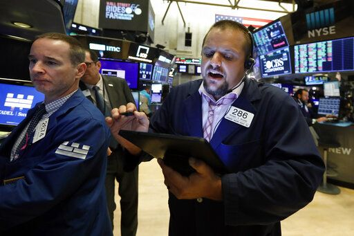 Major US stock indexes finish lower, snapping a 3-day rally