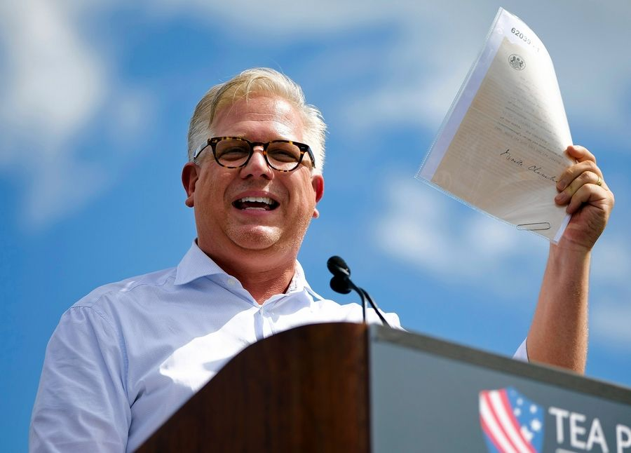 Glenn Beck will headline Arlington Heights-based Heartland Institute's annual benefit dinner Oct. 4 in Palatine.