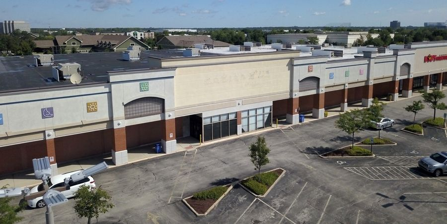 A new grocery store that has not yet announced its name has won village approval to occupy the former site of Babies R Us at 16 E. Golf Road in Schaumburg.