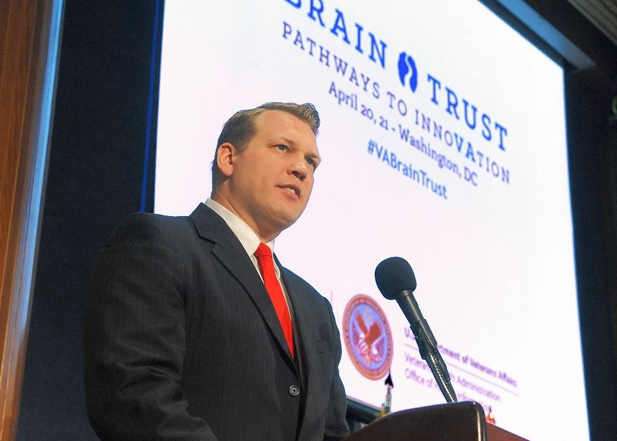 Chris Nowinski speaks about brain health advancement at the Brain Trust: Pathways to InnoVAtion in 2016 in Washington, D.C.