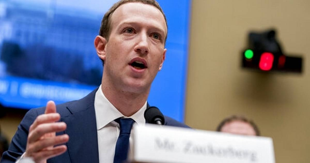 Senate tech critic to Facebook CEO: Sell WhatsApp, Instagram