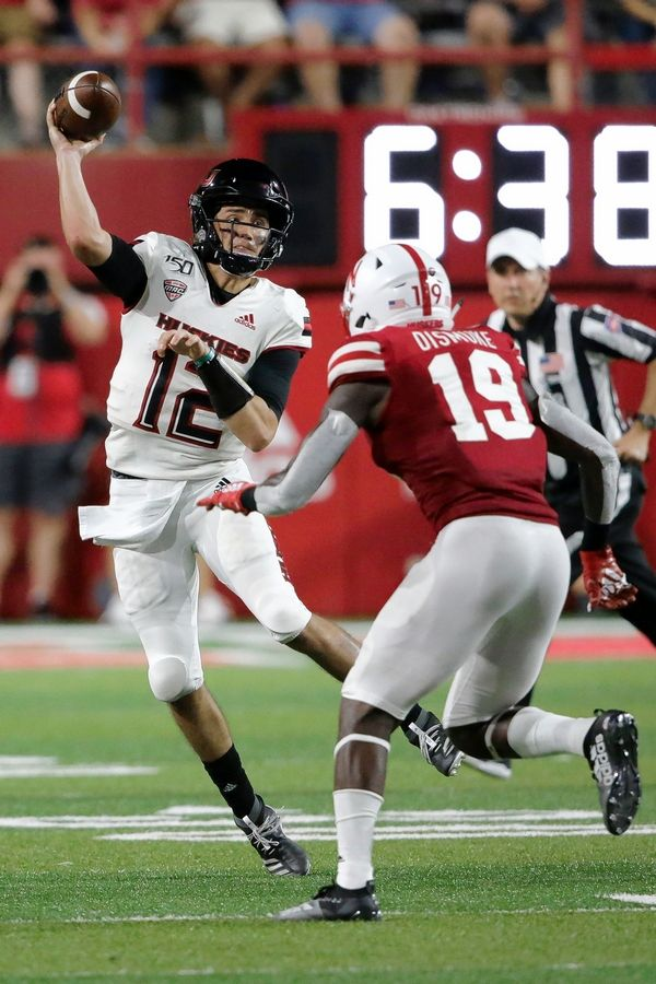 NIU says its receivers' line work needs to improve against ...
