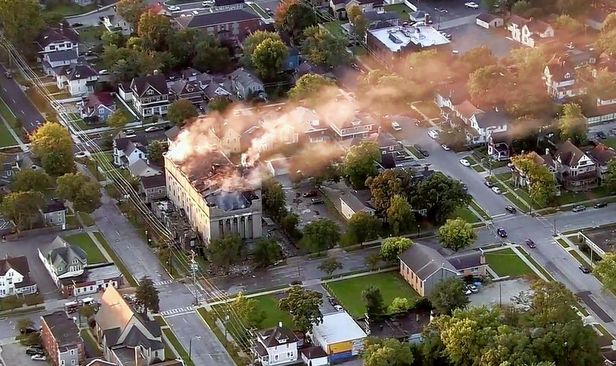 Fire destroys history as Lincoln Masonic Temple burns in Aurora