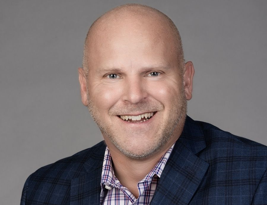 On Monday downstate Illinois native Mike Thomas was named market manager of ESPN 1000, where he will oversee sales, content and marketing strategy and execution for Chicago's No. 2 sports/talk outlet, starting in January.