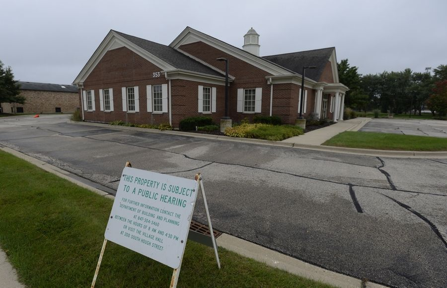 The Barrington Animal Hospital wants to move to the former Fifth Third building on Northwest Highway, but the plan is facing opposition from surrounding businesses and parents whose children attend a neighboring day care center.