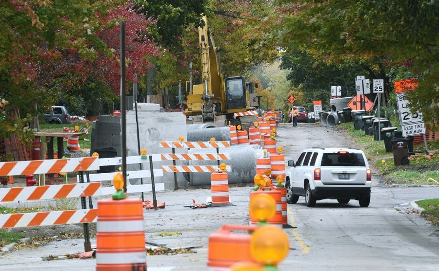 Only eastbound traffic is allowed on Rockland Road from Milwaukee Avenue in Libertyville as a two-year road construction project continues.