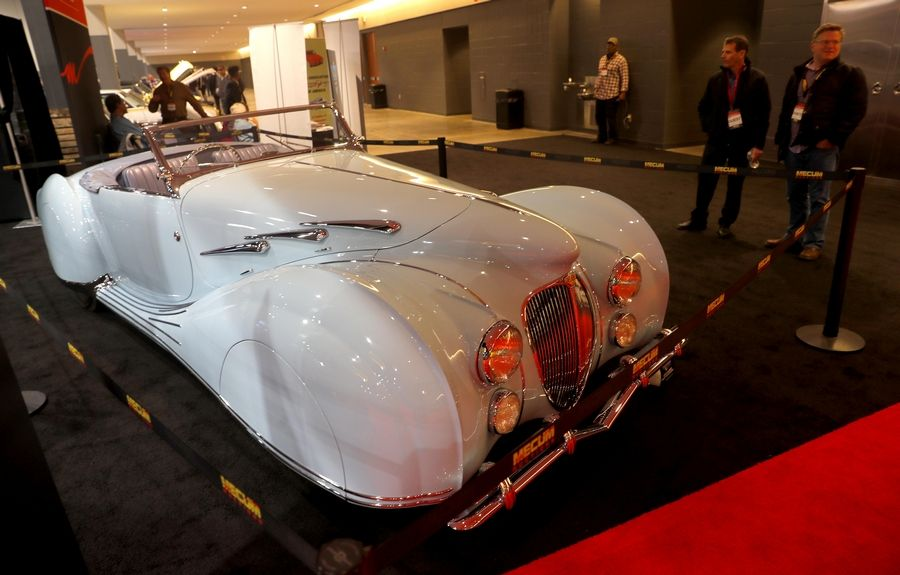 A 1947 Delahaye figures to be the high seller as part of a weekend of sales during Mecum Auctions' annual Chicago show. Thursday was the first day of the three-day show at the Schaumburg Convention Center.
