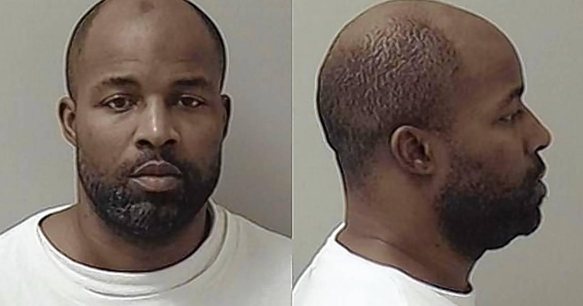 Police: Felon arrested in Aurora had body armor and gun