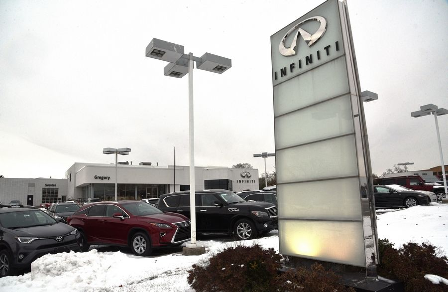 Gregory Infiniti hopes to build a new dealership about a block south of its current location on Milwaukee Avenue in southern Libertyville.