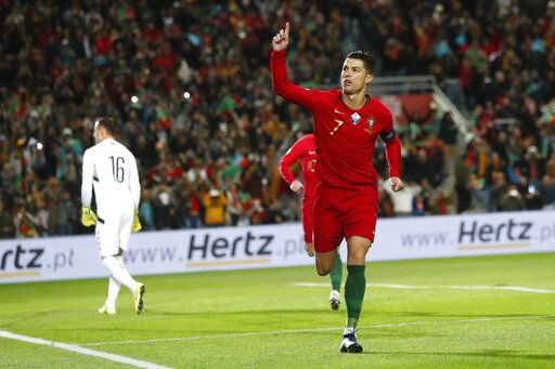 France Portugal Euro 2020 Calendrier.Ronaldo Scores Hat Trick As Portugal Routs Lithuania 6 0