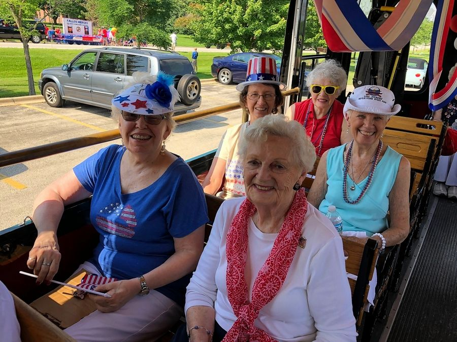 Residents of Lake Barrington Woods enjoy a recent outing.