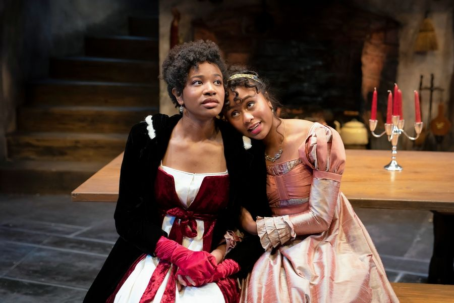 "Elizabeth Darcy (Netta Walker), right, comforts her younger sister Lydia (Jennifer Latimore) in the ""Pride and Prejudice"" sequel ""The Wickhams: Christmas at Pemberley,"" premiering at Northlight Theatre."