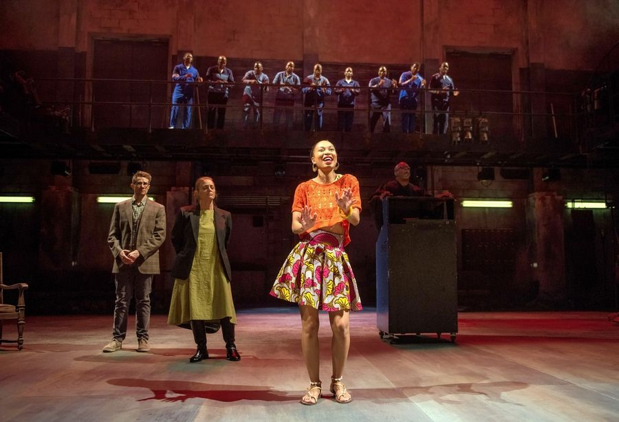 "The magnetic Nondumiso Tembe plays the titular role in Steppenwolf Theatre's world premiere of ""Lindiwe,"" featuring songs by Ladysmith Black Mambazo."