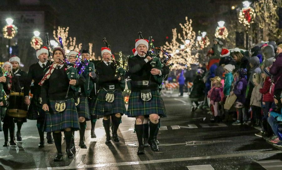 Wheaton Christmas Parade 2020 Holiday happenings: Tree lightings, music, festivals & more in