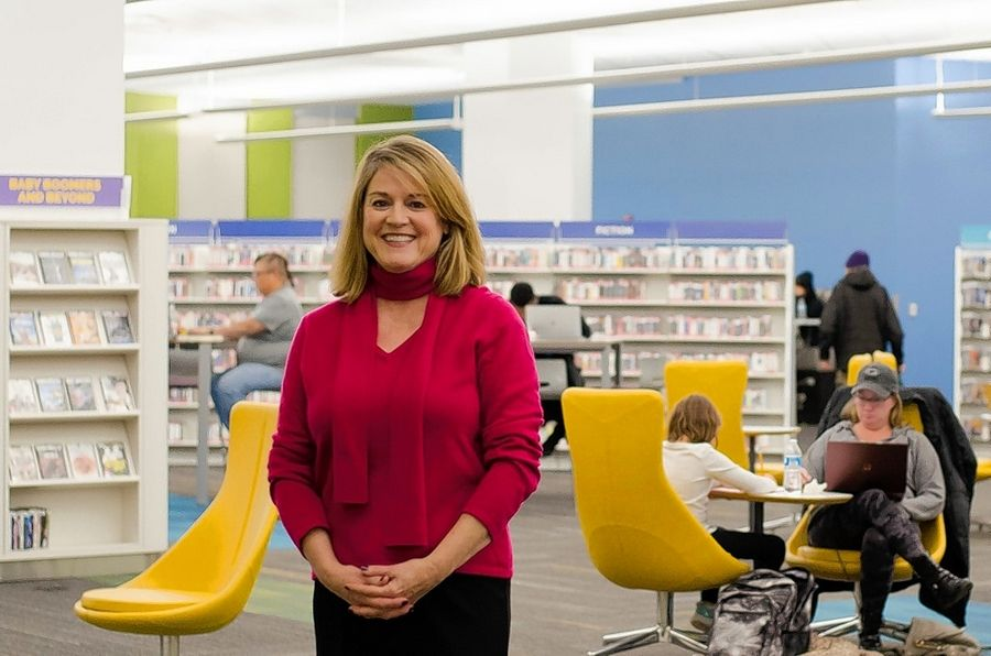 Schaumburg Township District Library welcomed new library board Trustee Erin Flannigan-Davies.