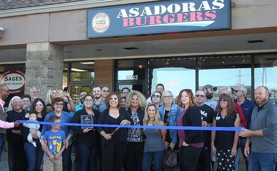 Asadoras Burgers recently opened in Oswego at 4542 Route 71. The Oswego Chamber of Commerce held a grand opening for the eatery that serves gourmet Argentine style burgers, steak and chicken sandwiches.