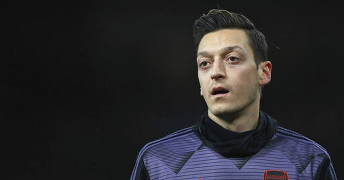 Chinese TV pulls Arsenal game coverage after Ozil criticism