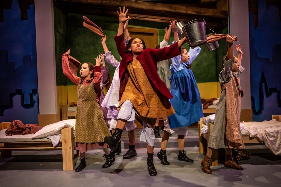 Citadel Theatre Brings Classic Annie To The Stage