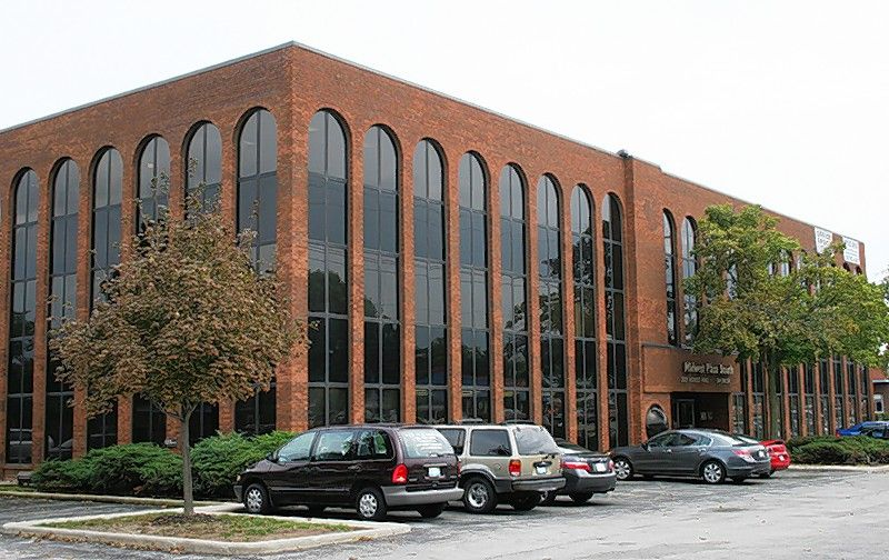 Cawley Chicago recently completed the sale of a 57,832 square foot office building at 2021 Midwest Road in Oak Brook for $5,75 million.