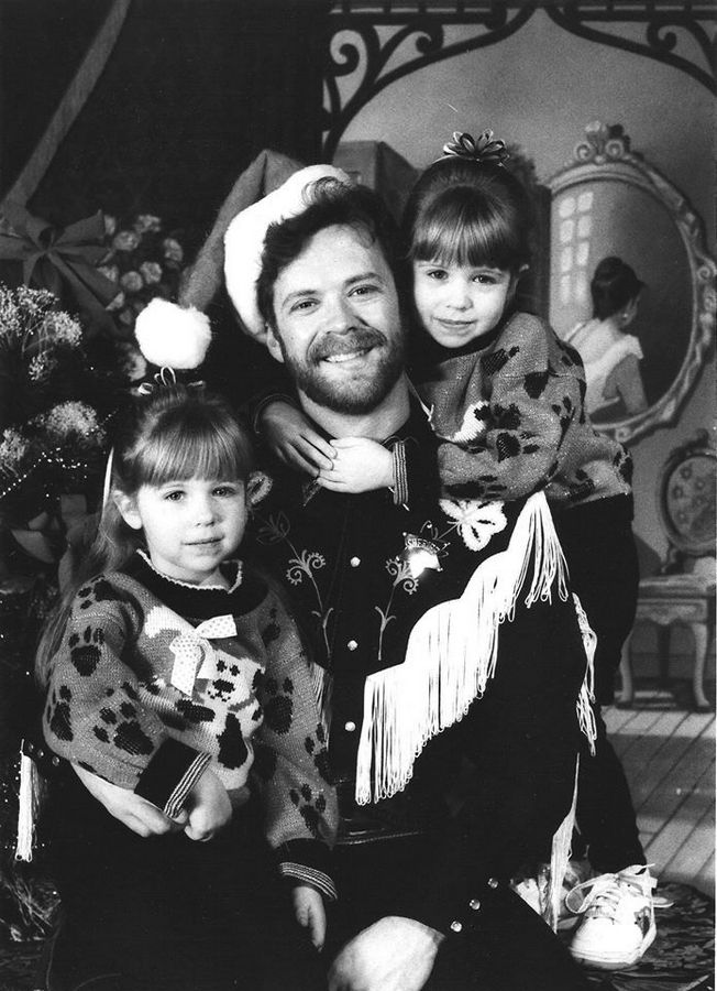 Posing with his twin daughters, Erin, left, and Caty, Dave Gordon starred as Sheriff Bob at the Dry Gulch Dinner Theater in Schiller Park from 1988 until 1994.