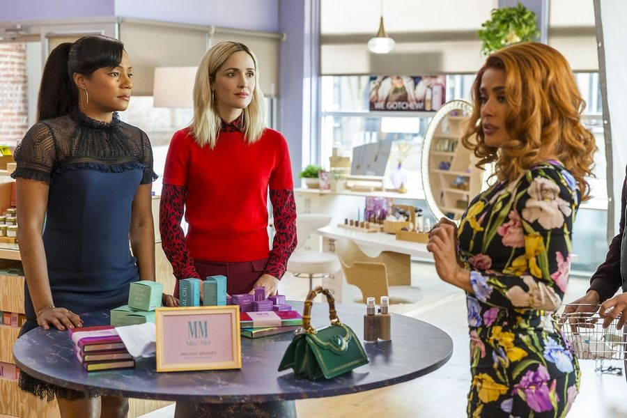 "Best friends and business partners (Tiffany Haddish and Rose Byrne) get financial help from a makeup mogul (Salma Hayek) in ""Like a Boss."""