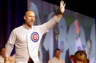 Manager David Ross is introduced on opening night of the 2020 Chicago Cubs Convention Friday at Sheraton Grand in Chicago.
