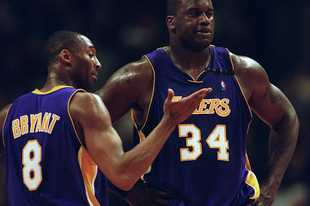 The Lakers' Kobe Bryant and Shaquille O'Neal try to figure things out in a 2003 loss to the Bulls at the United Center.