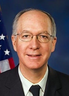 U.S. Rep. Bill Foster, a Naperville Democrat representing the 11th District, is bringing Aurora police Chief Kristen Ziman with him as his guest to the State of the Union address.