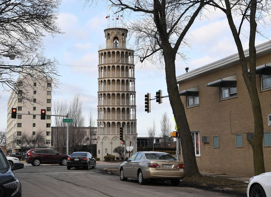 The Leaning Tower of Niles is a half-size replica of the Leaning Tower of Pisa. It was completed in 1934 by Robert Ilg.