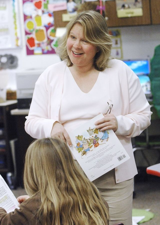 Barbara Cataldo, of Naperville, who taught first grade at Sipley Elementary School in Woodridge and won a Golden Apple award in 2009, will mentor participants in Golden Apple's new Accelerators Program this summer.
