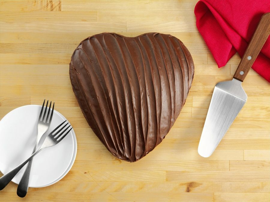 love cake decorating ideas.htm dining out portillo s heart shaped chocolate cake is back for  portillo s heart shaped chocolate cake