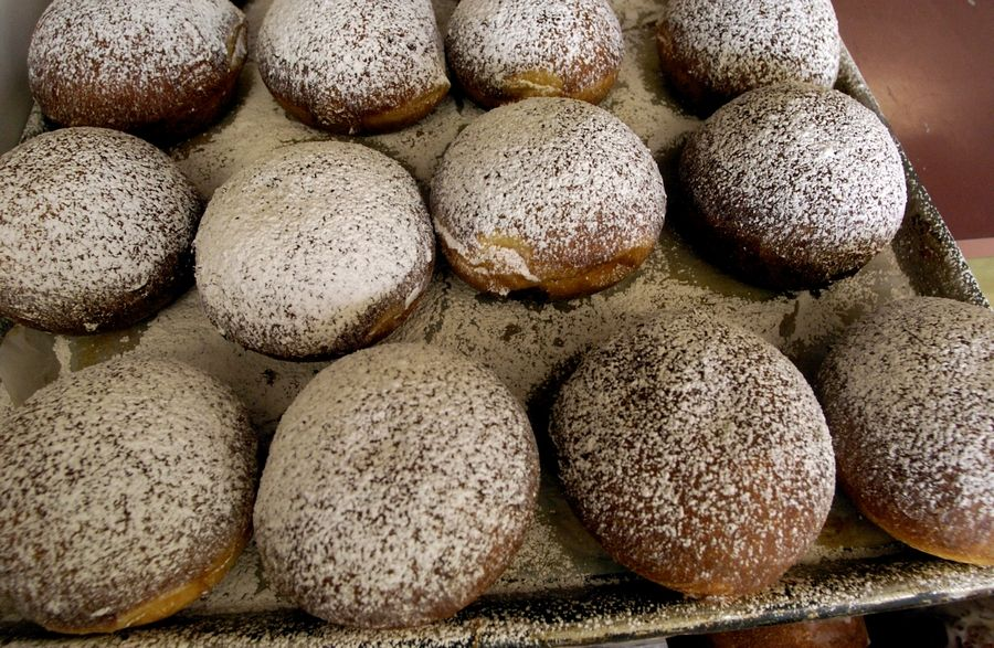 "Order some paczkis (or Polish jelly-filled doughnuts) now from Herb's Bakery before heading out for the Elgin Bike Hub's ""Paczki Ride"" on Tuesday, Feb. 25."