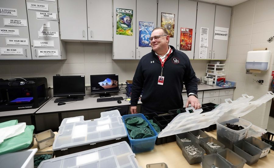 "Last fall, the Illinois State Board of Education highlighted student growth in Queen Bee School District 16. ""I think what's unique about us is that we're so invested in teacher training,"" Superintendent Joseph Williams said."
