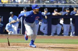 Chicago Cubs' Steven Souza Jr. hits an RBI-single during the first inning of a spring training baseball game against the Seattle Mariners, Monday, Feb. 24, 2020, in Peoria, Ariz. (AP Photo/Darron Cummings)