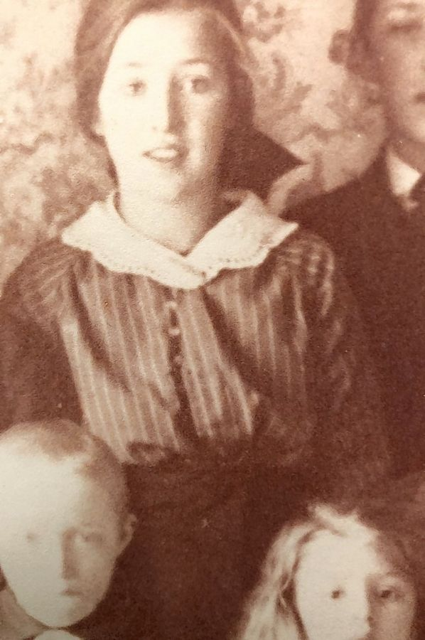The author's aunt Anna Ebbesson,  shown here at about age 18, was preparing to immigrate from Borås, Sweden, to America when the Spanish flu took her life in 1918.