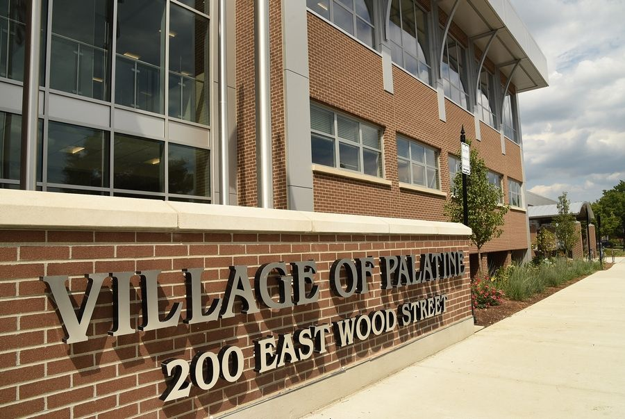 A group of Palatine residents have teamed up to form a volunteer group called Helping Neighbors Around Palatine to assist fellow community members with their nonemergency daily challenges.