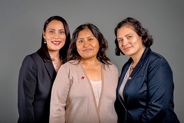 Chicago residents Georgina Adan, Patty González and Maricela Wesby have been named the Blood Service Heroes. The three women  coordinated 17 blood drives at their workplace, Northern Trust, and have collected almost 700 units of blood, helping hundreds of patients.