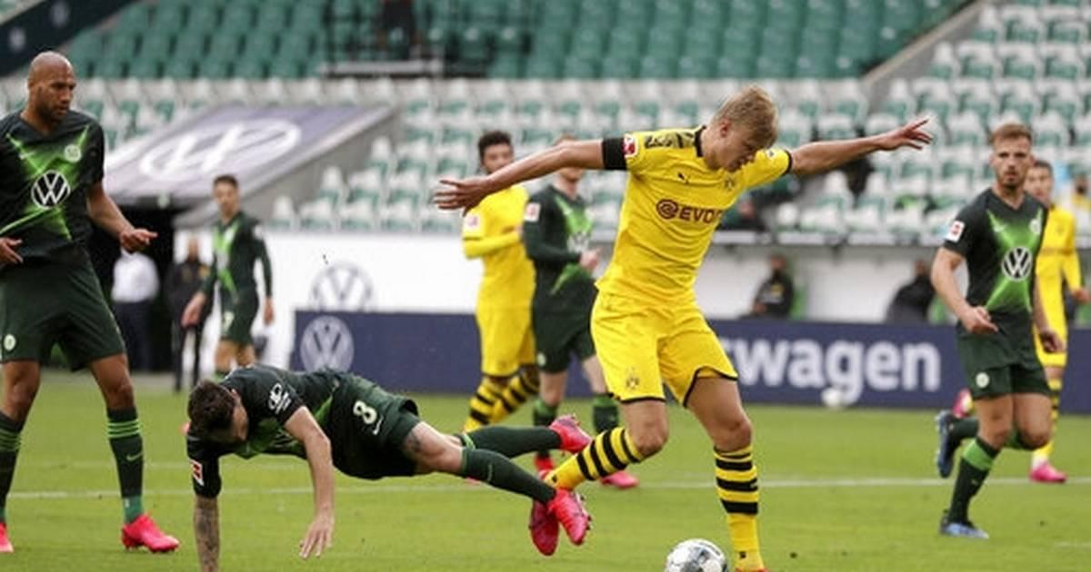 Bayern, Dortmund both win as Bundesliga race continues ...  |Bayern-dortmund