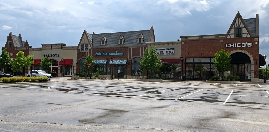 Empty stores and parking lots at The Arboretum of South Barrington should see some traffic come Friday when the governor allows more retail stores to reopen.