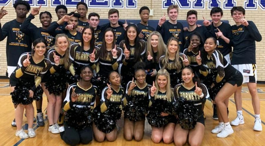 Hinsdale South boy's basketball team, with the best season in school history at 30-3, were IHSA Regional Champions and West Suburban Conference Gold Champions.