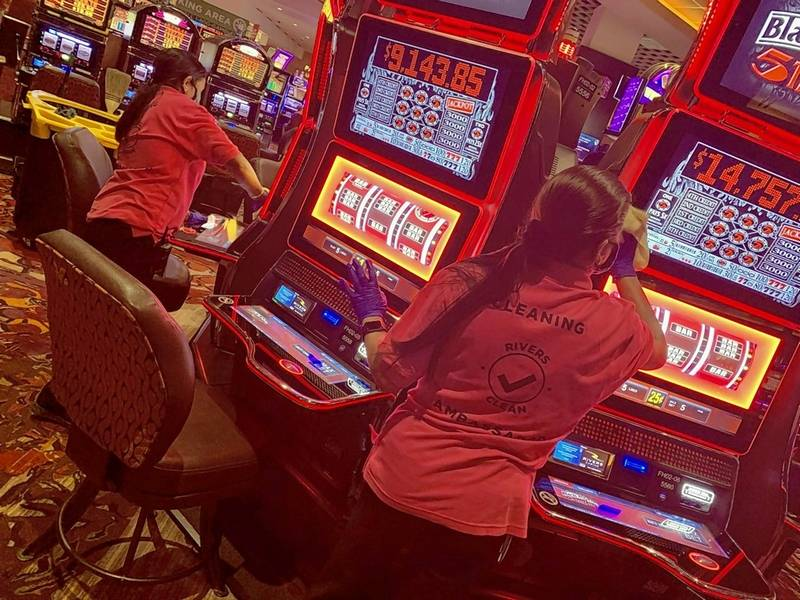 No dice, yet, for casino reopenings in Illinois