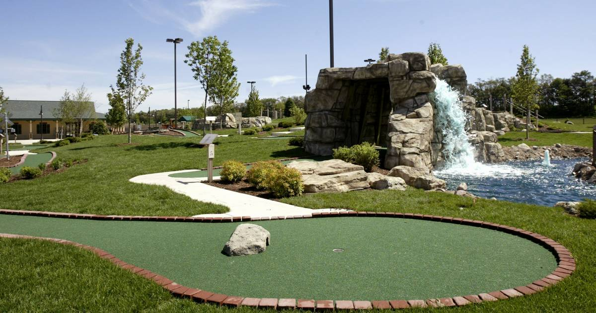 ace in the hole mini golf courses adapt to covid 19 safety protocols mini golf courses adapt to covid 19