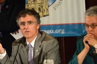 Cook County Sheriff Tom Dart, left, and Cook County Board President Toni Preckwinkle, at an event in the city in 2015.