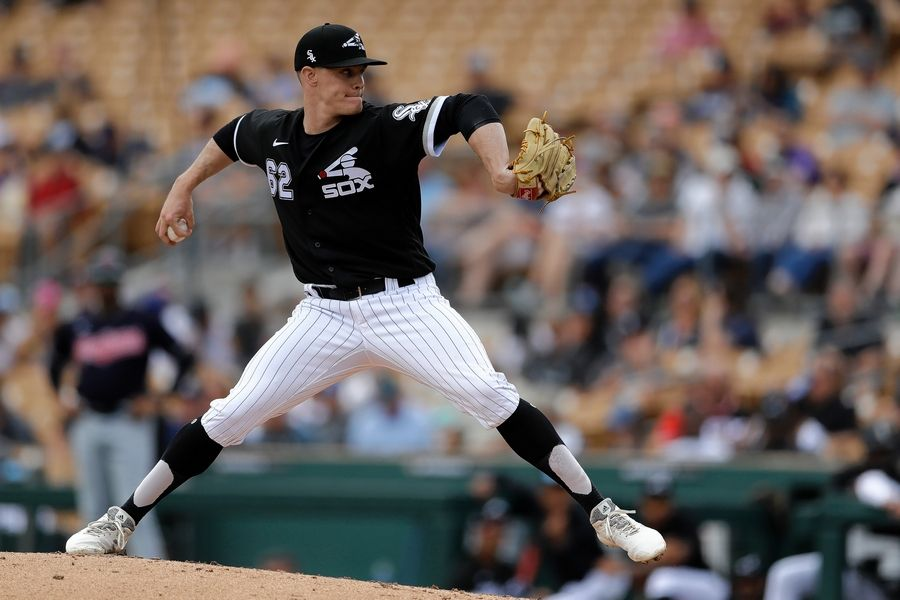 White Sox reliever Zack Burdi works against Cleveland in a Feb. 28 spring training game in Glendale, Ariz.