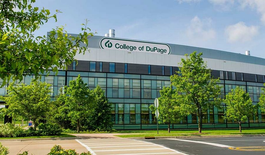 Illinois' GEER Fund will help low income, underrepresented and first generation students at College of DuPage who might not otherwise enroll or return to school due to the economic uncertainty.