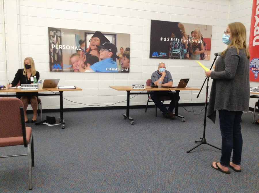 Renee Schlenhardt, organizer of the Reopen D25 Schools group, addresses the Arlington Heights Elementary District 25 school board Thursday night about a return to in-person learning.