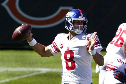 New York Giants quarterback Daniel Jones (8) throws against the Chicago Bears during the first half of an NFL football game in Chicago, Sunday, Sept. 20, 2020.