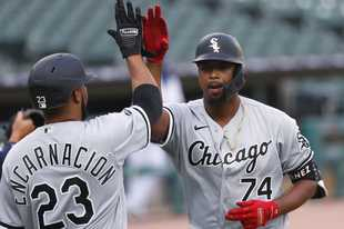 White Sox left fielder Eloy Jimenez has a mid-foot sprain and will likely not face the Cubs this weekend. Jimenez will be off his feet for a few days, and the Sox will reevaluate him Monday.